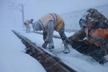 长三角铁路全力战雨雪 保障旅客平安返程