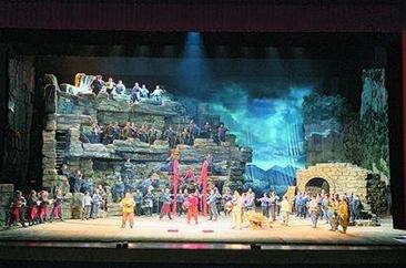 民族歌剧《沂蒙山》在山东青岛精彩上演