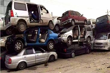 穗清理上千辆逾期未报废车辆