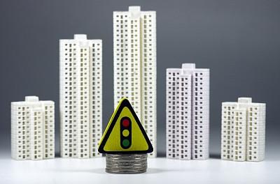 融资环境持续收紧 中小房企破产明显增多